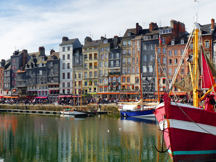 Honfleur & Cote Fleurie Small Group Day Trip from Paris