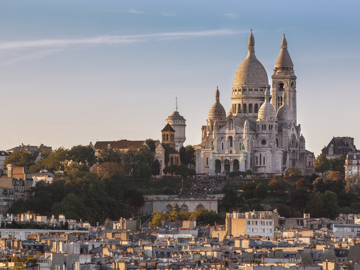 Exclusive Montmartre Impressionist Small Group Walking Tour
