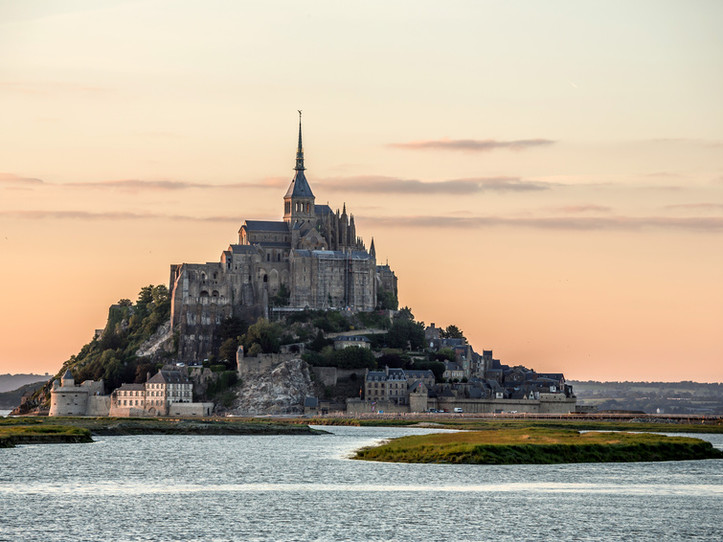 Mont Saint Michel & Honfleur Small Group Day Trip from Paris