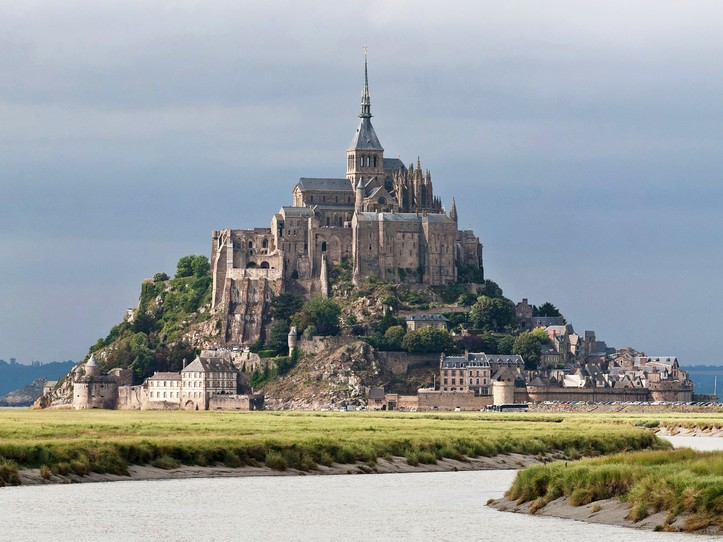 Private Mont Saint Michel & Honfleur Day Trip from Paris